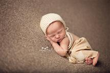 Crystal Small newborn photography
