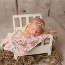 Cheyanne Cantwell Newborn Photographer - profile picture