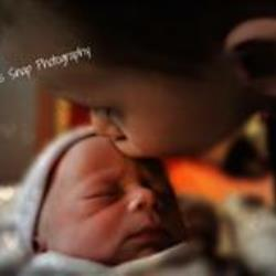 Gina Frederickson Newborn Photographer - profile picture