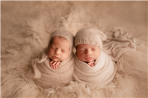 Amy Guenther newborn photography